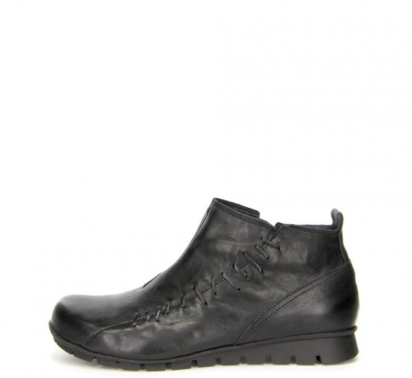 Menscha Ankle boot Black
